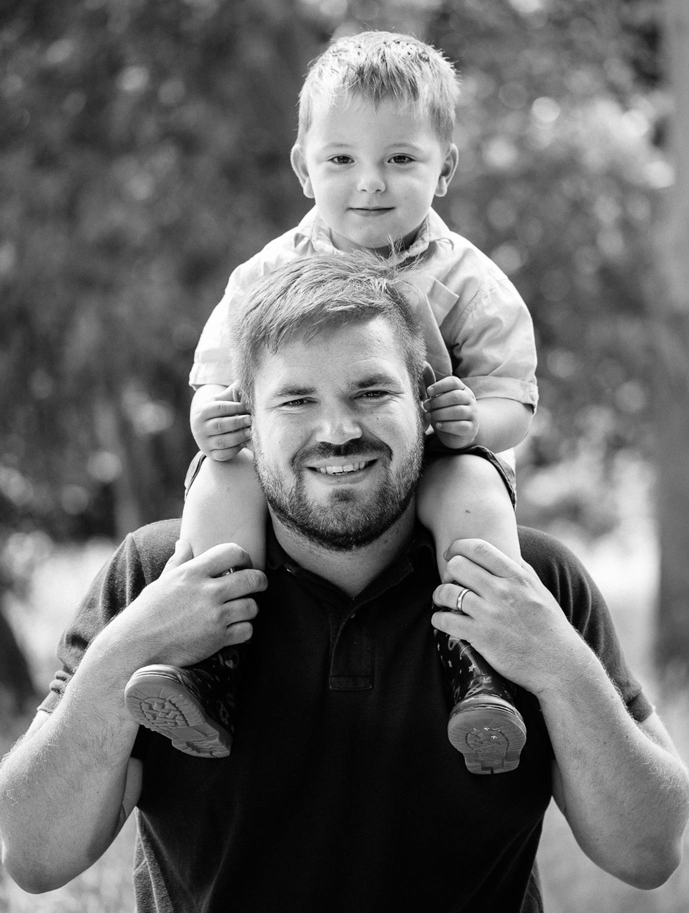 Adorable-Family-Photography-Near-Billingshurst-11