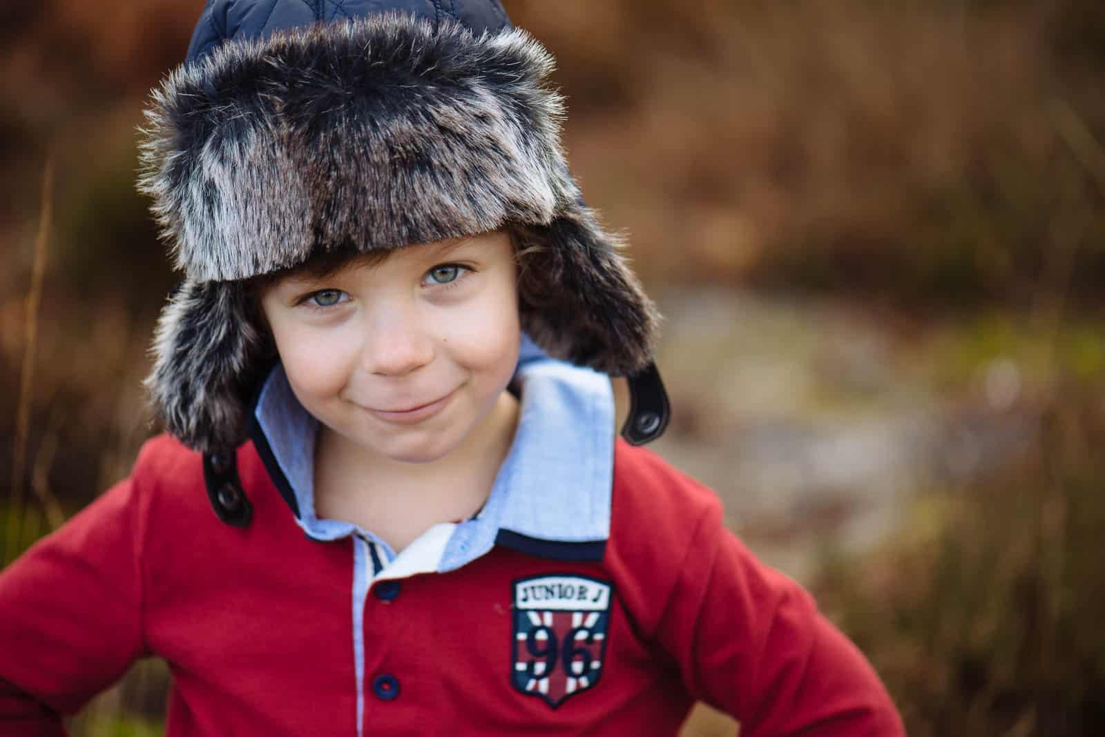 Giggles, hugs & Kisses | Fun Family photography near Pulborough